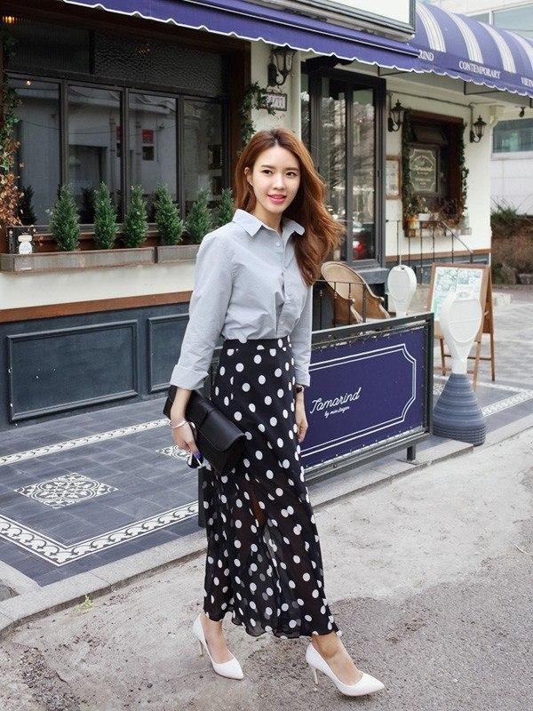 Chân váy dài maxi kết hợp với áo gì đẹp nhất