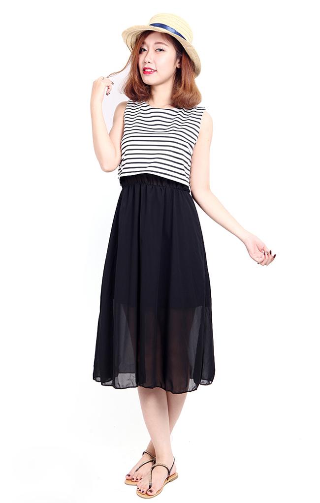 Mặc đầm maxi với chân váy gì?