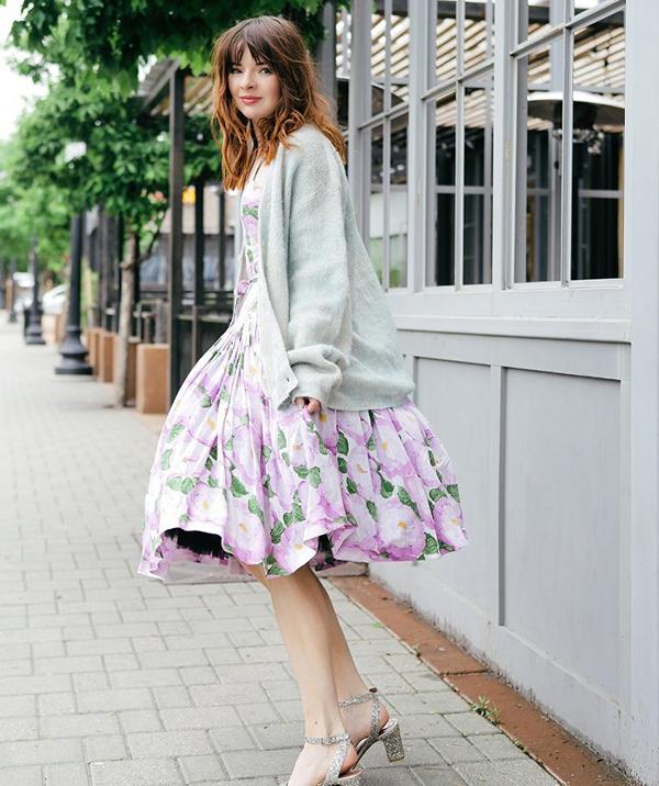 Phong cách thời trang vintage với áo dáng suông