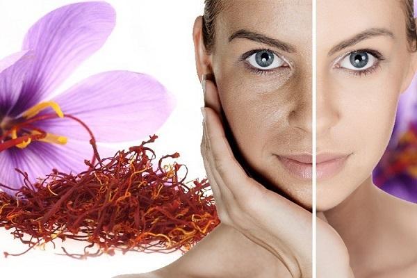 Cung cấp độ ẩm cần thiết giúp da trở nên mềm mịn và căng tràn sức sống