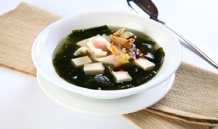 Cách nấu canh rong biển chuẩn vị Hàn cho thực đơn mùa hè thêm tươi mát